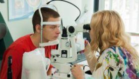 Dokonalá diagnostika je pred laserovou operáciou kľúčová