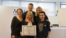 Očná klinika NeoVízia získala prestížny svetový certifikát Centrum Excelentnosti