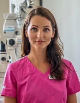 Mgr. Lucia Kundrátová - Očná klinika NeoVízia