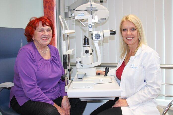 Prídavnými šošovkami sme Annu Javorskú zbavili po predchádzajúcej operácii  sivého zákalu zbavili zostatkových okuliarov na stred 91e0e63b085